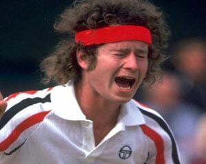 John McEnroe trägt ein rotes Stirnband.